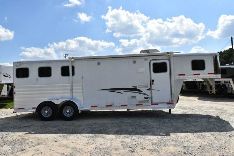 #58645 - Used 2013 Exiss 7308LQ 3 Horse Trailer with 8' Short Wall
