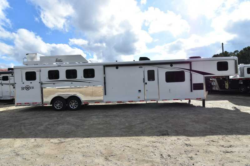 #08056 - New 2018 Bison Ranger 8414L 4 Horse Trailer with 14' Short Wall