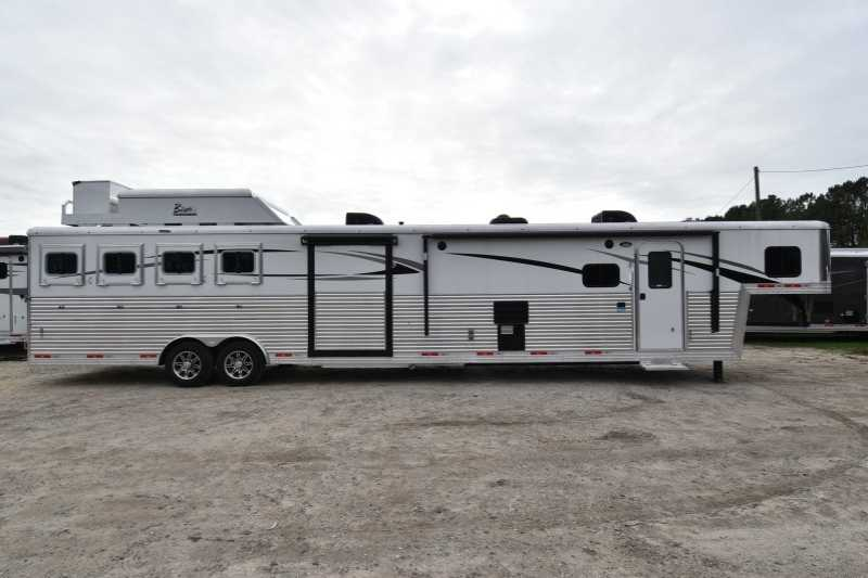 4 Horse Bison Horse Trailer With Living Quarters Dixie Horse