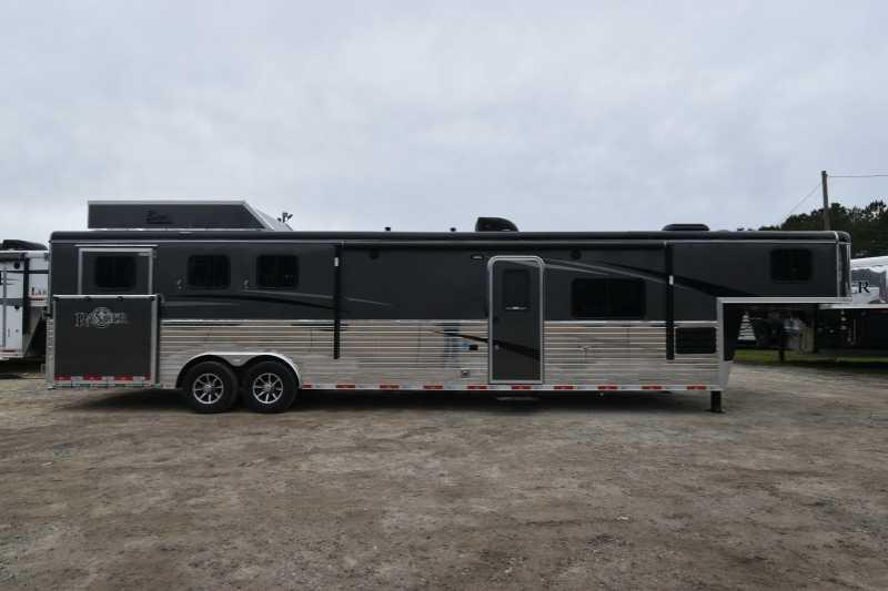 #08124 - New 2018 Bison Ranger 8314LRSLSO 3 Horse Trailer with 14' Short Wall
