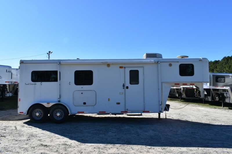 #08893 - Used 2007 Bison 2 Horse Trailer with 8' Short Wall