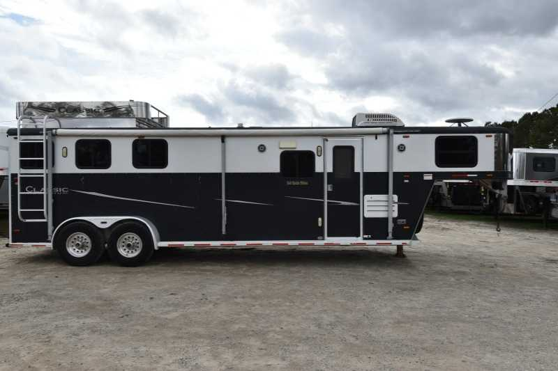 Used 3 Horse Classic Horse Trailer With Living Quarters