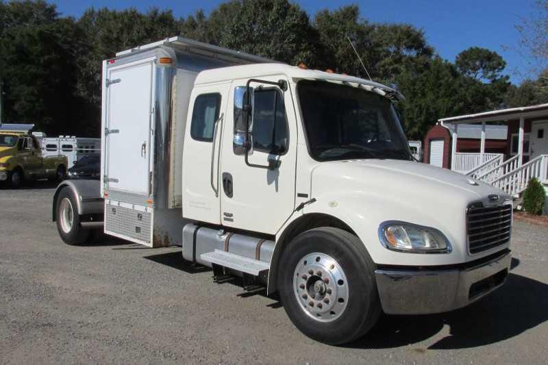 Used Freightliner Truck