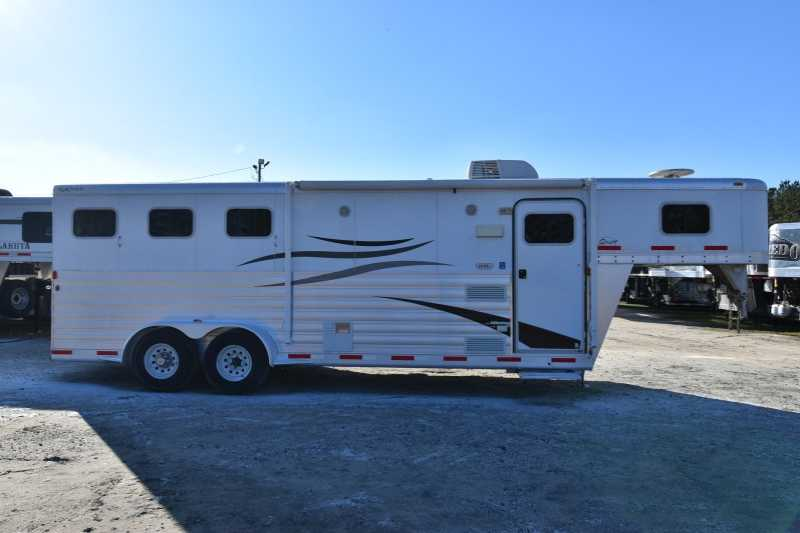 #50277 - Used 2010 Exiss Sport ES308 3 Horse Trailer with 8' Short Wall