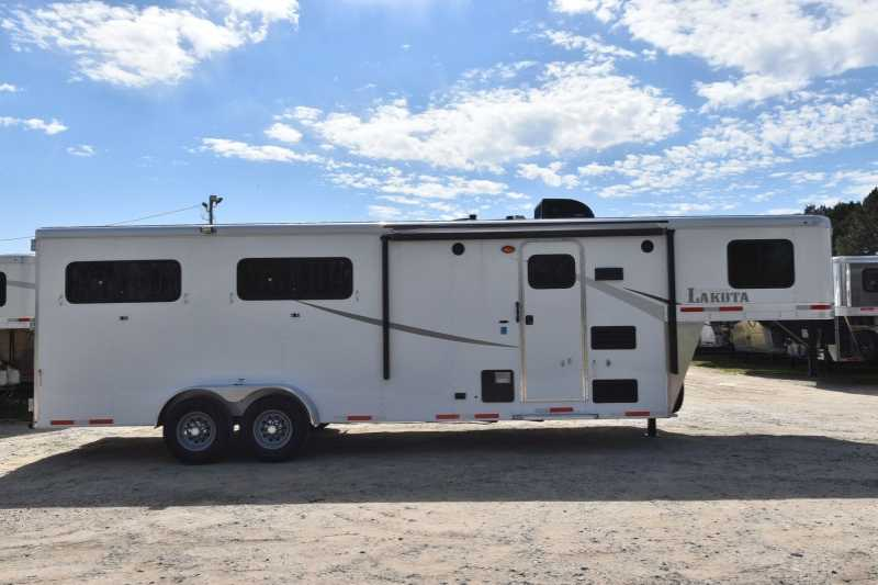 #02210 - New 2018 Lakota Colt 7407 4 Horse Trailer with 7' Short Wall