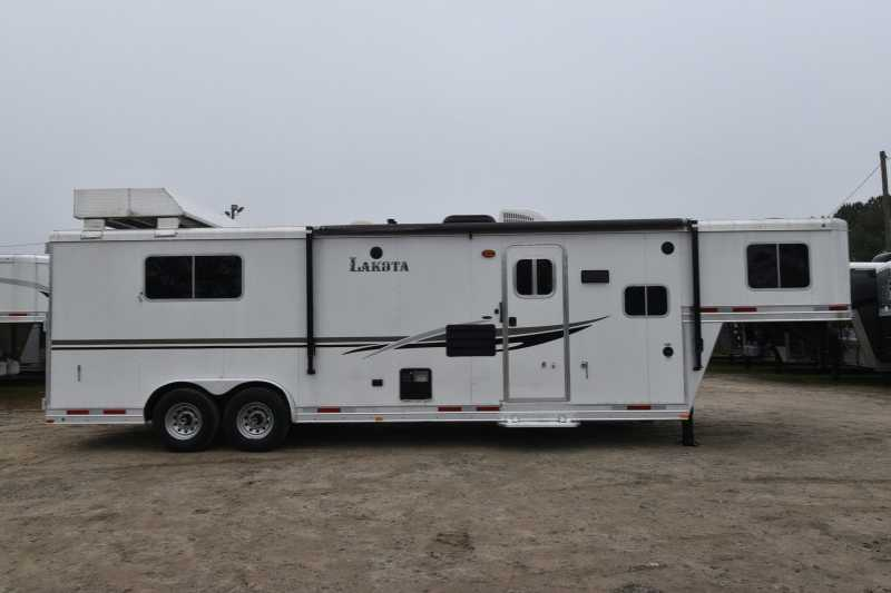 #87196 - Used 2013 Lakota Charger 3 Horse Trailer with 11' Short Wall