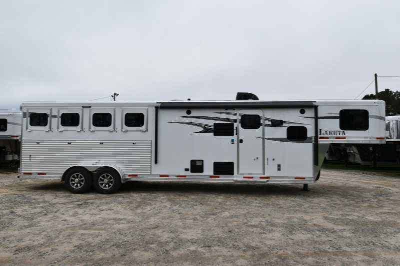 #02243 - New 2018 Lakota 7411GLQ Charger 4 Horse Trailer with 11' Short Wall