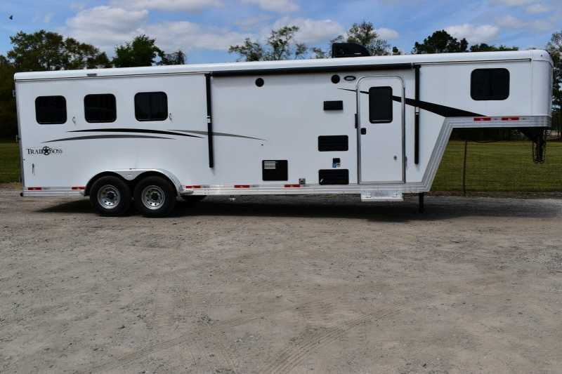 #08297 - New 2019 Bison Trail Boss 7309 3 Horse Trailer  with 9' Short Wall
