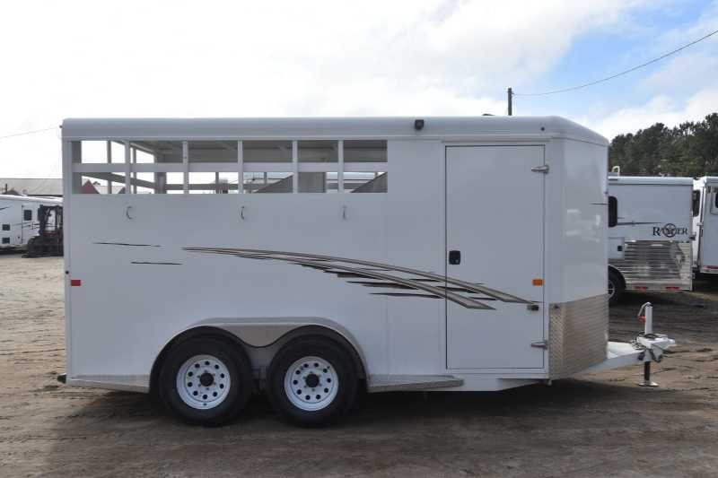 #42445 - Used 2015 Trails West Adventurer II 3 Horse Trailer with 3' Short Wall