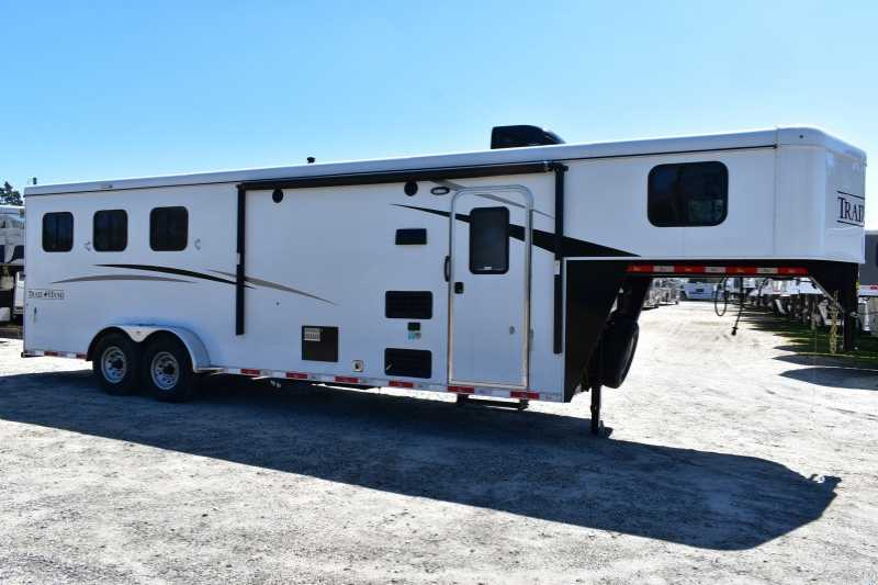 #08315 - New 2019 Bison Trail Hand 7309 3 Horse Trailer with 9' Short Wall