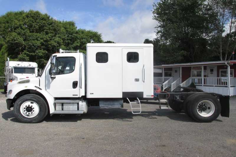#55663 - Used 2008 Freightliner M2 Truck