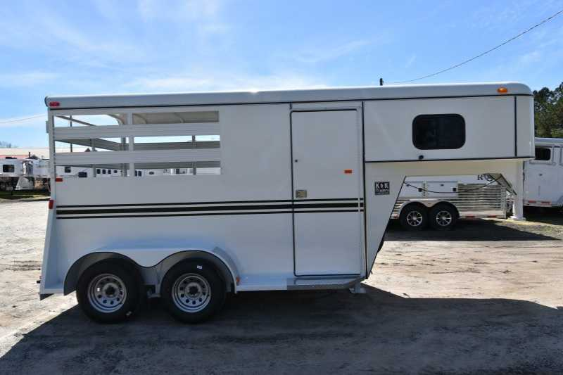 #77741 - New 2018 Bee 2HSLGN 2 Horse Trailer with 2' Short Wall