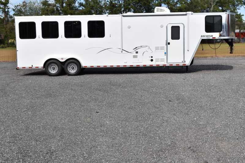 #00400 - New 2019 Harmar Dixie Star Outlaw 7408GLQ 4 Horse Trailer with 8' Short Wall