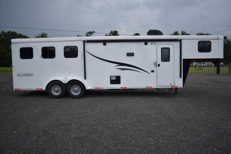 #04819 - Used 2015 Bison 7310LQ 3 Horse Trailer with 11' Short Wall