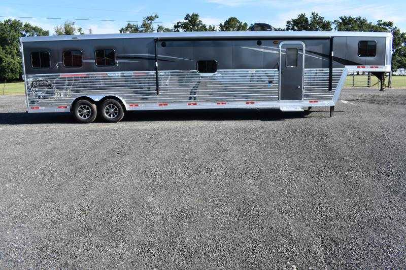 #08533 - New 2019 Bison Laredo 8316SODR 3 Horse Trailer  with 16' Short Wall