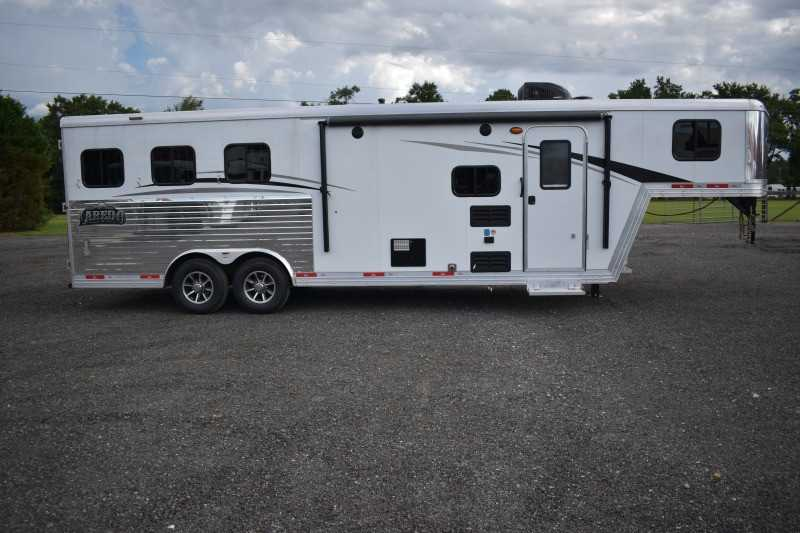 #08536 - New 2019 Bison Laredo 8309 3 Horse Trailer with 8' Short Wall