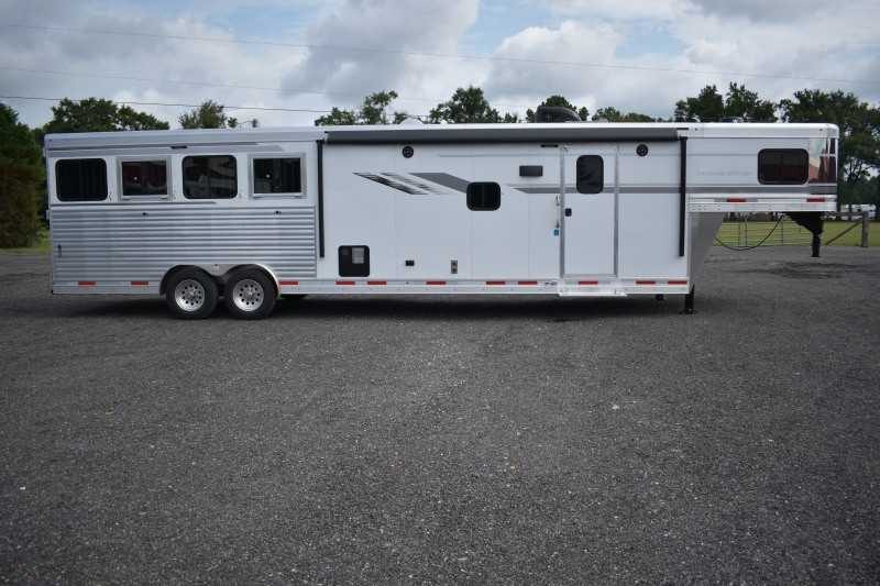 #00623 - New 2019 SMC SL8413SRK 4 Horse Trailer  with 13' Short Wall