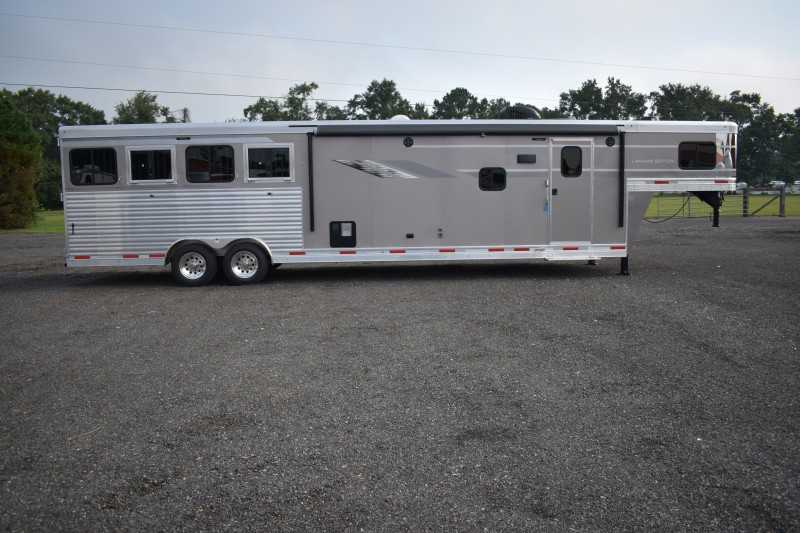 #00621 - New 2019 SMC SL8415SRKCE 4 Horse Trailer  with 15' Short Wall