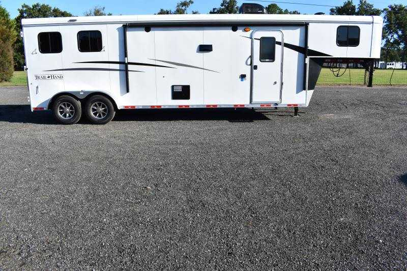 #08585 - New 2019 Bison Trail Hand 7211SO 2 Horse Trailer with 11' Short Wall