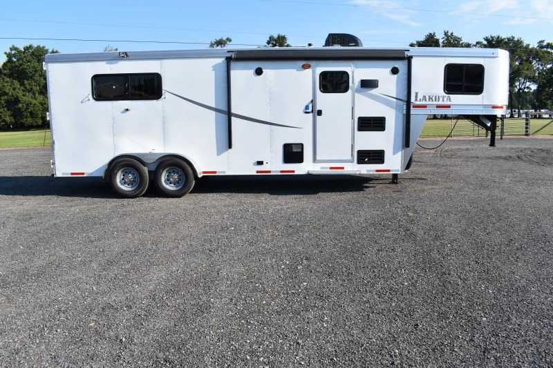 #00701 - New 2019 Lakota Colt 7307 3 Horse Trailer with 7' Short Wall