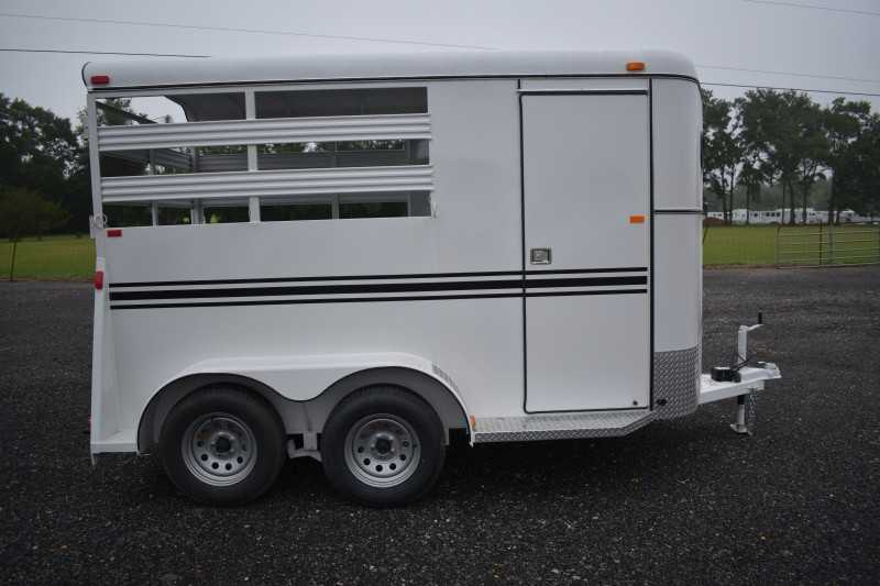 #77840 - New 2019 Bee 2HBPSL 2 Horse Trailer with 2' Short Wall