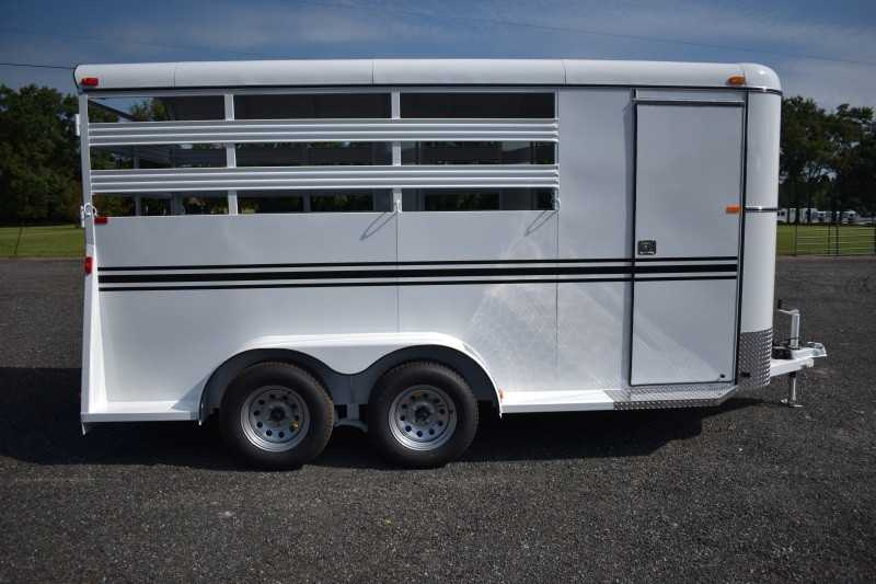 #77853 - New 2019 Bee 3HBPSL 3 Horse Trailer with 2' Short Wall