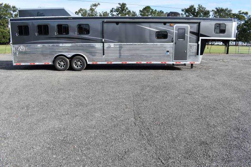 #08656 - New 2019 Bison Ranger 8413GBSO 4 Horse Trailer with 13' Short Wall