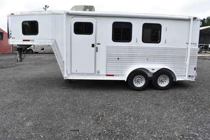 #43602 - Used 2003 Kiefer Built 7204GN 2 Horse Trailer with 4' Short Wall