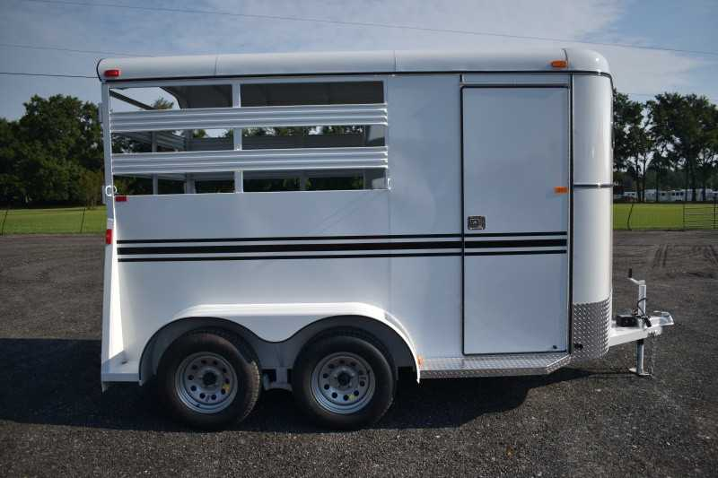 #77849 - New 2019 Bee 2HBPSL 2 Horse Trailer with 2' Short Wall