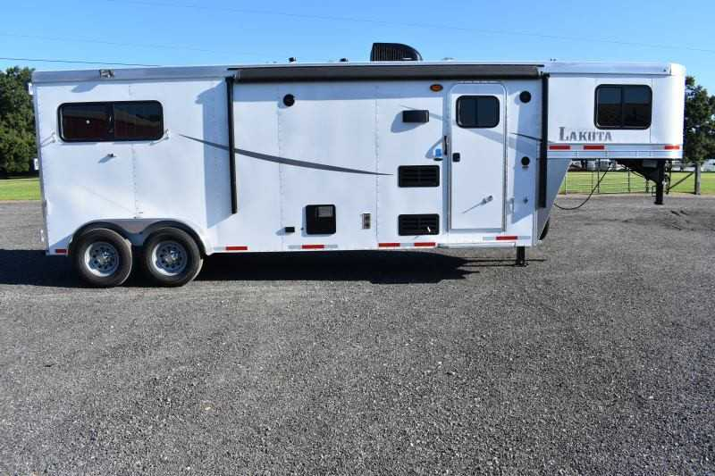 #00840 - New 2019 Lakota Colt 7209 2 Horse Trailer with 9' Short Wall