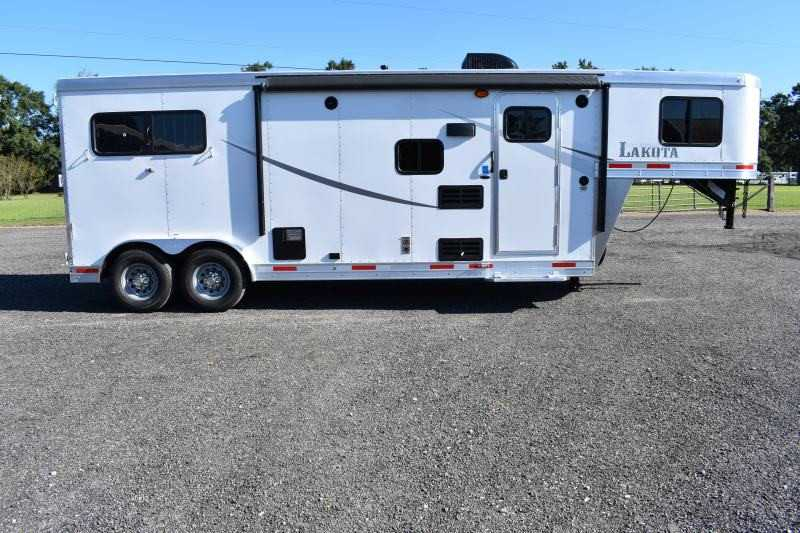 #00854 - New 2019 Lakota Colt 8209 2 Horse Trailer with 9' Short Wall