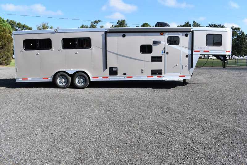 #00920 - New 2019 Lakota Colt 8409SO 4 Horse Trailer with 9' Short Wall