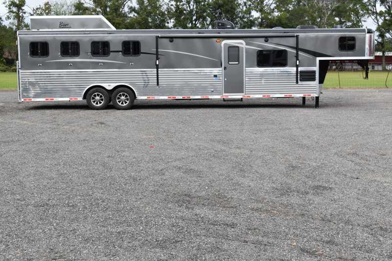 #08692 - New 2019 Bison Ranger 8414LSO 4 Horse Trailer  with 14' Short Wall