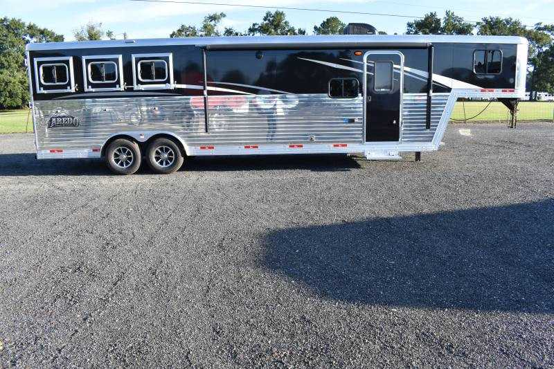 #08716 - New 2019 Bison Laredo 8311RS 3 Horse Trailer  with 11' Short Wall