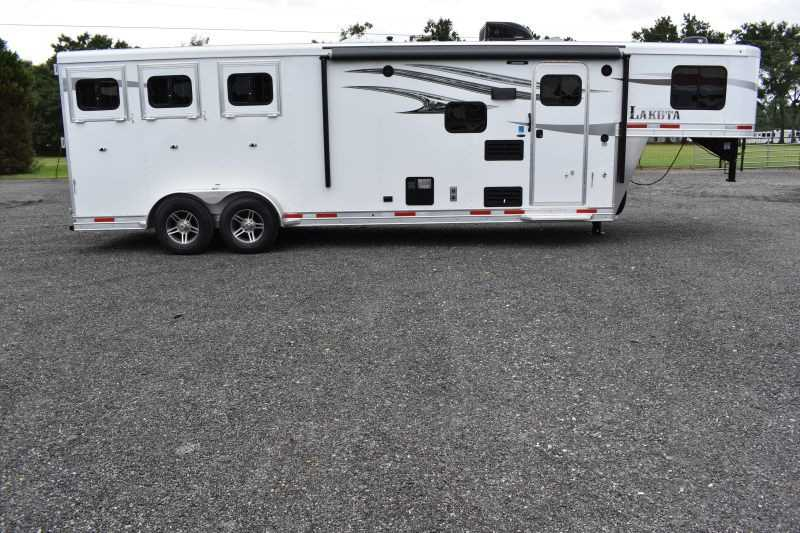 #00968 - New 2019 Lakota Charger 7309LQ 3 Horse Trailer with 9' Short Wall