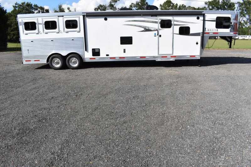 #01039 - New 2019 Lakota Charger 8315CLGLQ 3 Horse Trailer  with 15' Short Wall