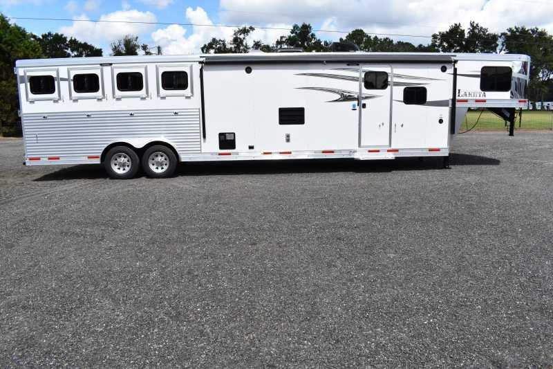 #01040 - New 2019 Lakota Charger 8415CLGLQ 4 Horse Trailer  with 15' Short Wall