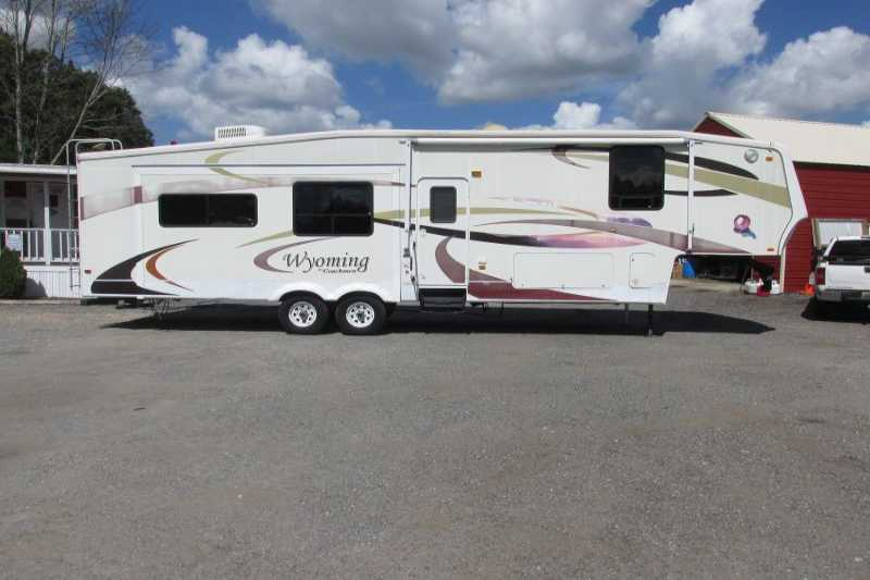 #11039 - Used 2007 Coachman RTMS335 Travel Trailer