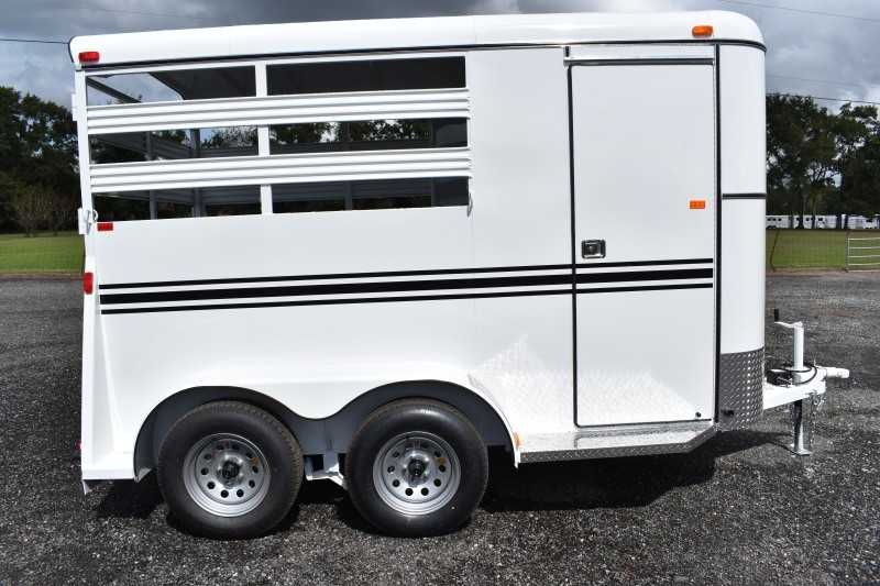 #77894 - New 2019 Bee 2HBPSL 2 Horse Trailer with 2' Short Wall