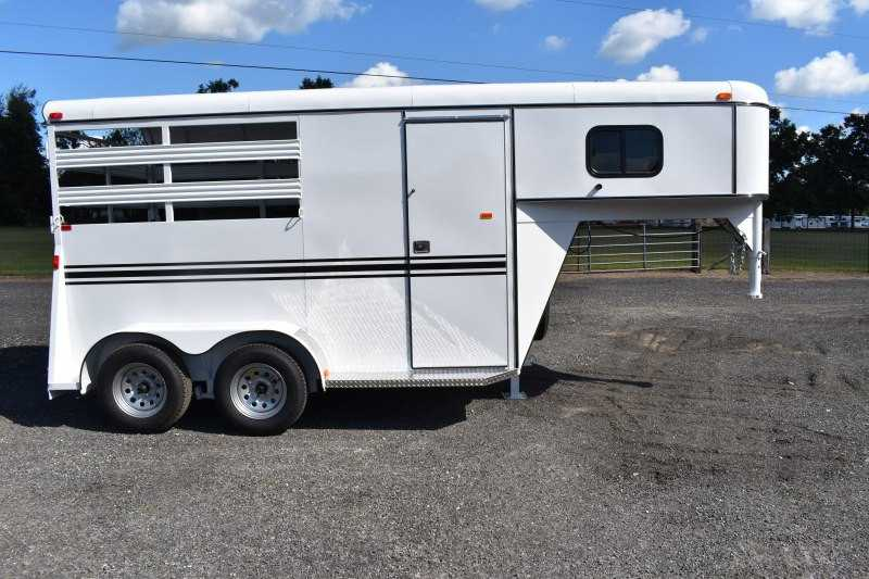 #77877 - New 2019 Bee 2HSLGN 2 Horse Trailer with 2' Short Wall