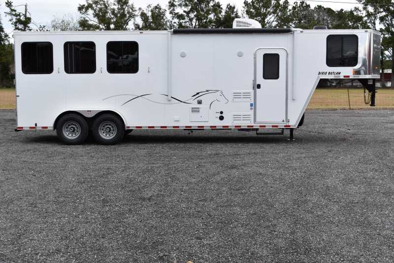 #00425 - New 2019 Harmar Dixie Star Outlaw 7308LQ 3 Horse Trailer  with 8' Short Wall