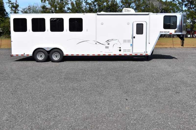 #00426 - New 2019 Harmar Dixie Star Outlaw 7408LQ 4 Horse Trailer with 8' Short Wall
