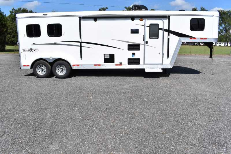 #08806 - New 2019 Bison Trail Boss 7209 2 Horse Trailer with 9' Short Wall