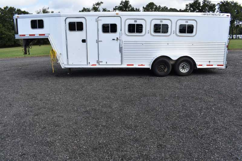 #30456 - Used 2000 Featherlite 7404GN 4 Horse Trailer with 5' Short Wall