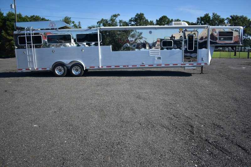 #73880 - Used 2005 Shadow 8512GLQ 5 Horse Trailer  with 12' Short Wall