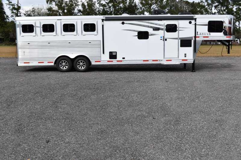 #01266 - New 2019 Lakota Charger 8411RKGLQ 4 Horse Trailer with 11' Short Wall