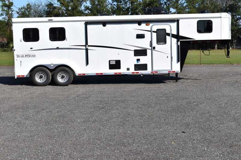 #08840 - New 2019 Bison Trail Hand 7209 2 Horse Trailer with 9' Short Wall