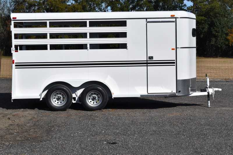 #77919 - New 2019 Bee 3HBPSL 3 Horse Trailer with 2' Short Wall