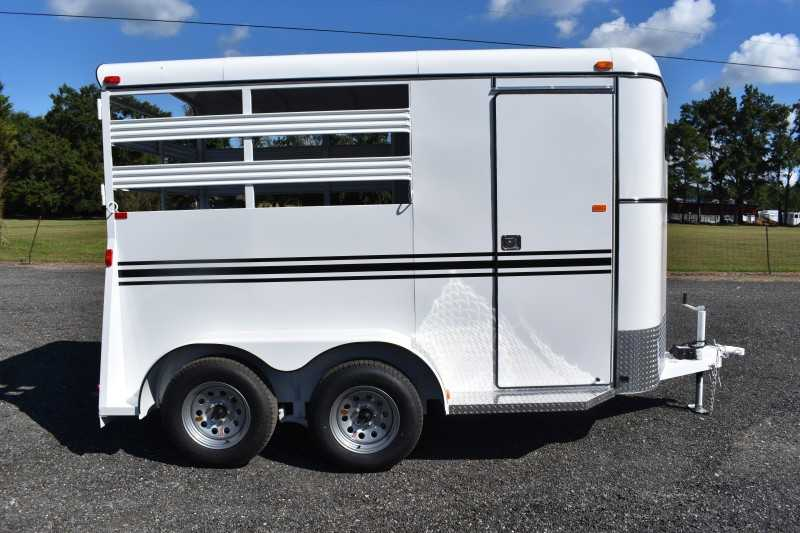 #77876 - New 2019 Bee 2HBPSL 2 Horse Trailer with 2' Short Wall