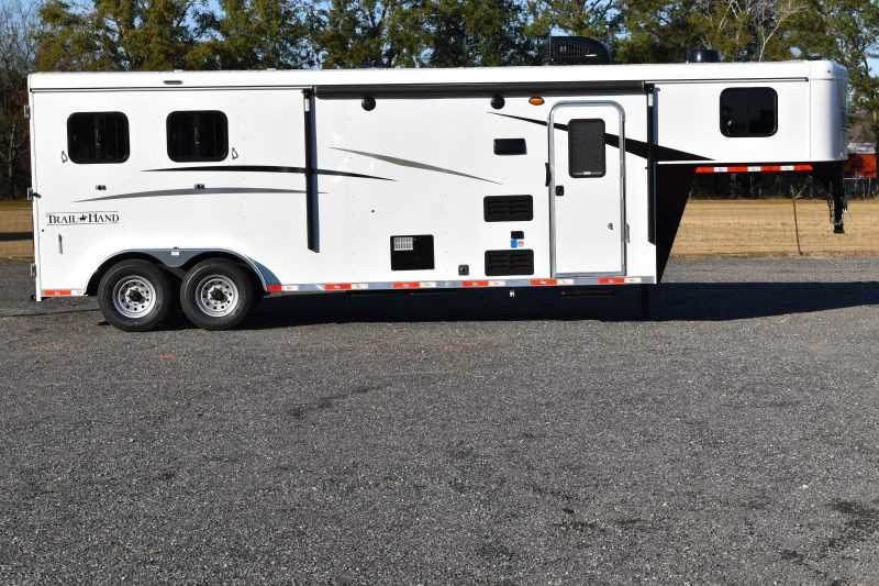 #08874 - New 2019 Bison Trail Hand 7209 2 Horse Trailer with 9' Short Wall